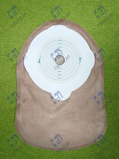 One-piece closed ostomy bag