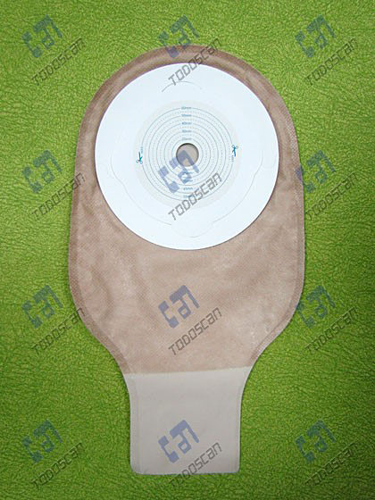 One-piece opening ostomy bag
